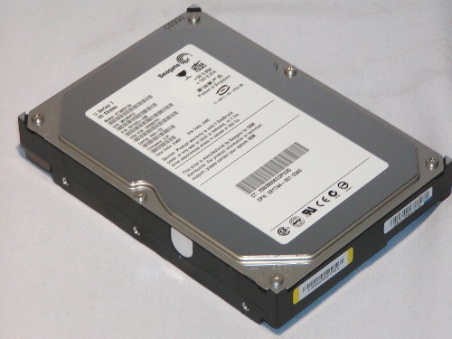 RMR18 HHV 60GB IDE ATA100 5400RPM 3.5in x 1in 40p 100MB/s HDD Refurbished
